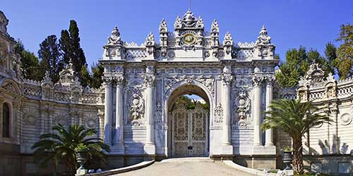 dolmabahce-palace-l