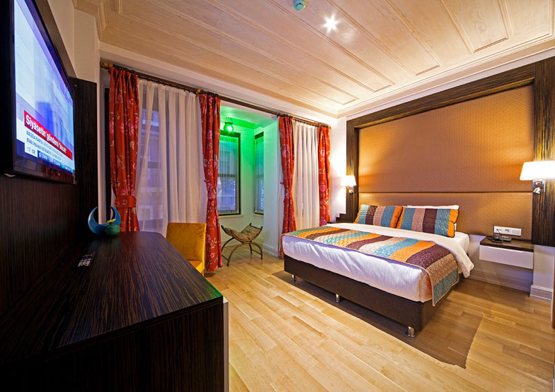 Rooms ottopera boutique hotel i beyo lu taks m for Ottopera hotel